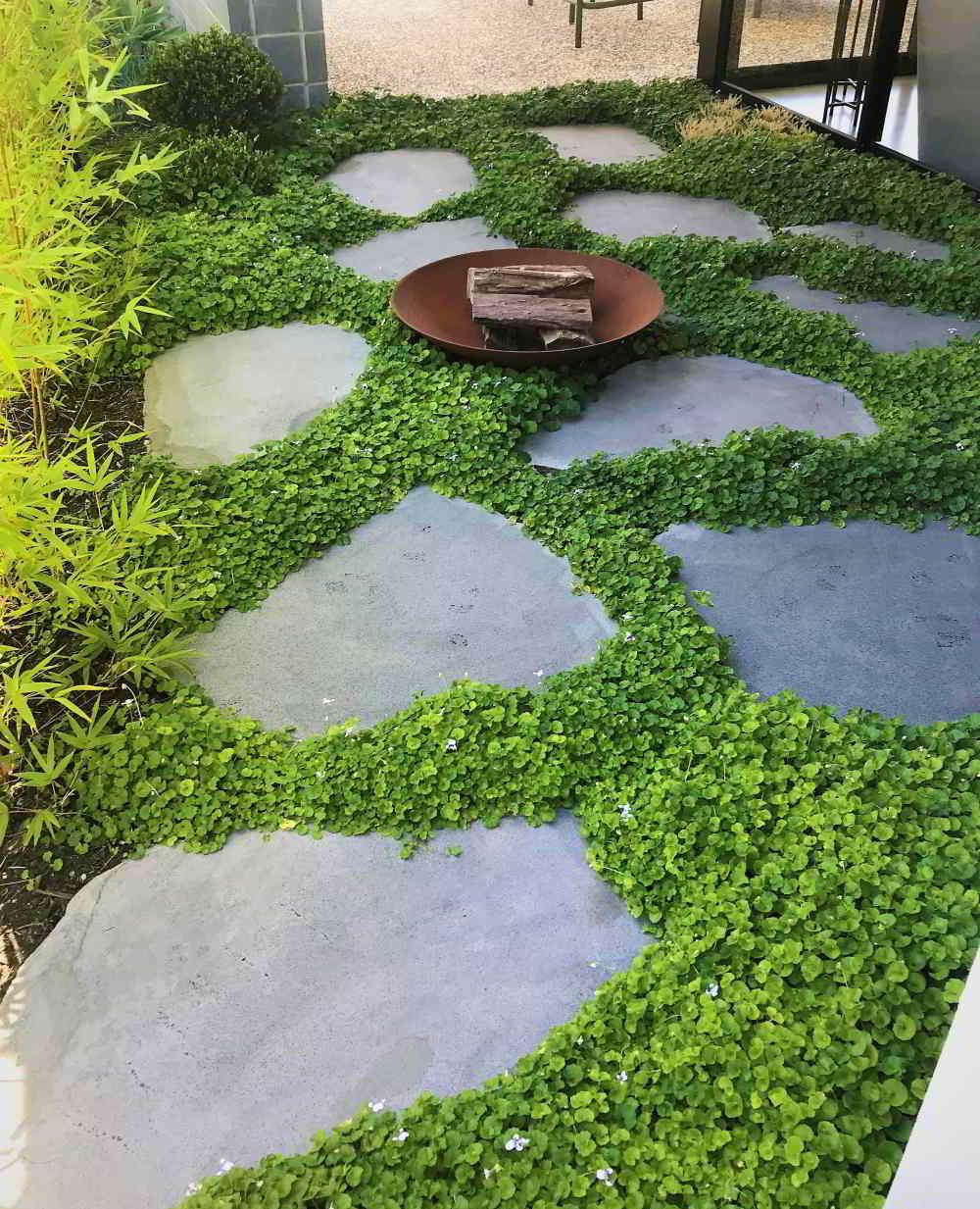 Landscaped stone paving